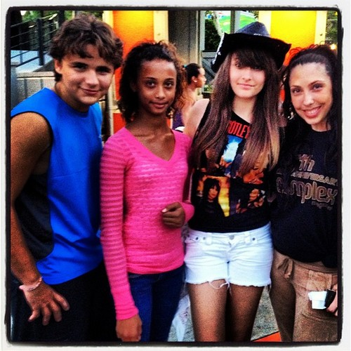Prince & Paris with Fans At Six Flags Magic Mountain, August 4 2012 - paris-jackson Photo