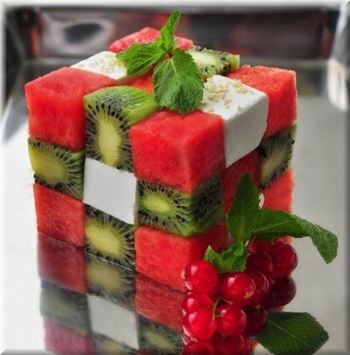 Rubik's frutas salada