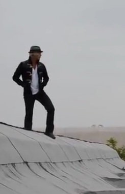 Screenshots from Keith's album cuplikan video