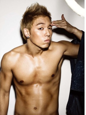 Choi Seung Hyun wallpaper containing a hunk, a six pack, and skin titled Sexy Choi