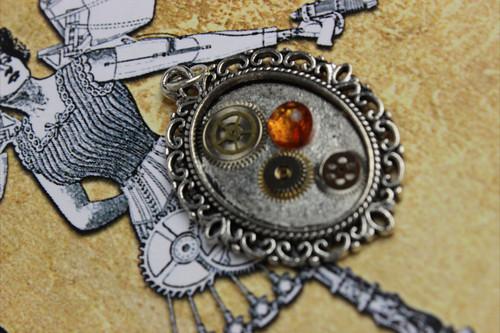 Steampunk Pendant Cog-wear