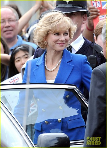 The 43-year-old actress plays the Titel character, Princess Diana