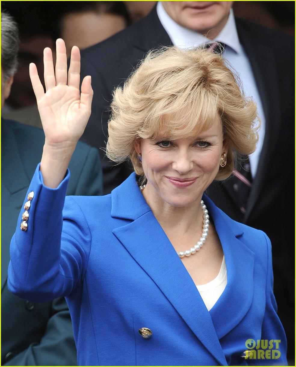 The 43-year-old actress plays the शीर्षक character, Princess Diana