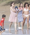 The Afflecks spent a day on the beach  in Puerto Rico  - ben-affleck-and-jennifer-garner photo