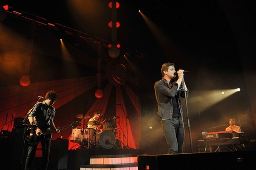"""Tom Chaplin and his band """"Keane"""" perform live in concierto at Brixton Academy, London, England"""