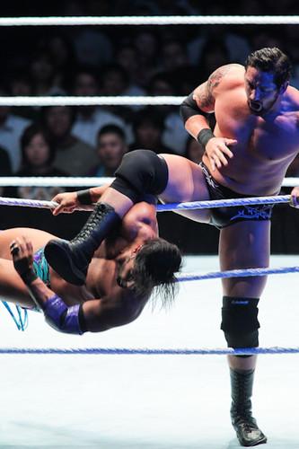 Wade Barrett vs Justin Gabriel-Japan