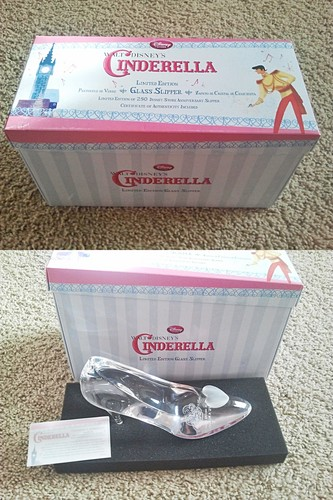 Walt Disney Merchandise - 25th Anniversary Cinderella Glass Slipper