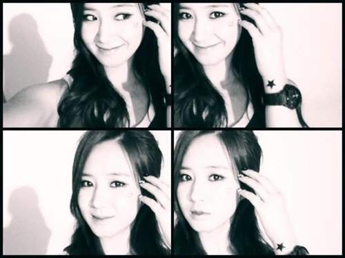 Yuri brand new Selca for 5th Anniversary