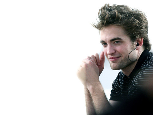 Robert Pattinson Hintergrund probably with a portrait entitled rpattz <33
