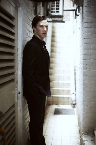 Benedict Cumberbatch wallpaper containing a business suit, a cell, and a penal institution titled  Benedict Cumberbatch