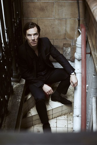 Benedict Cumberbatch wallpaper with a business suit and a street entitled  Benedict Cumberbatch