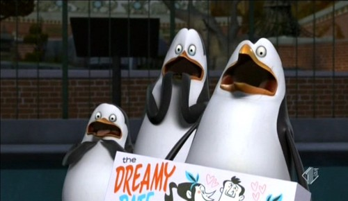 Penguins of Madagascar wallpaper called AHHHH!