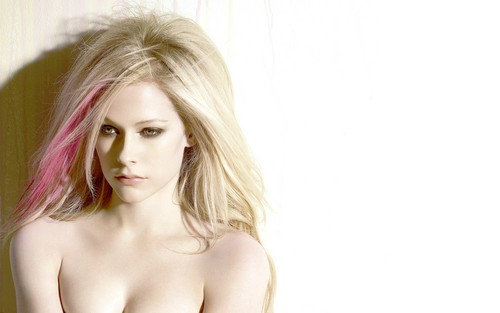 Avril Lavigne wallpaper with a portrait and skin titled Avril Lavigne