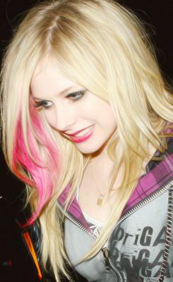 Avril Lavigne!