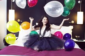 Balloons - selena-gomez Photo