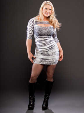 beth phoenix wallpaper with a hip boot entitled Beth Phoenix Photoshoot Flashback
