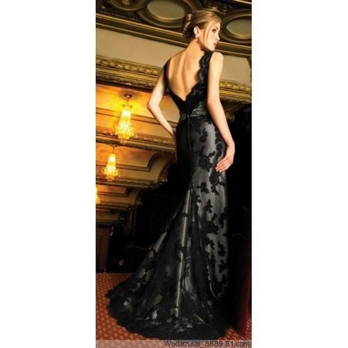 Black Dresses , How Wonderful !