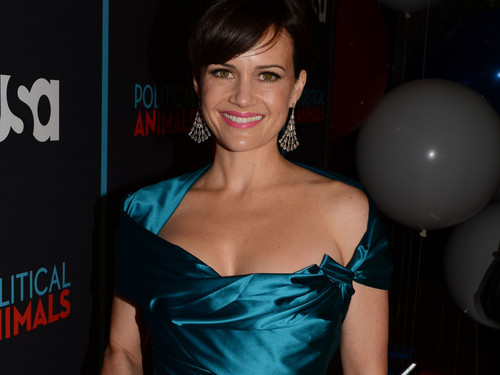 Carla Gugino @ the Political Животные Red Carpet Premiere
