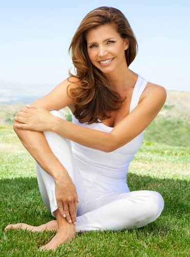 Charisma Carpenter New 照片 shoot