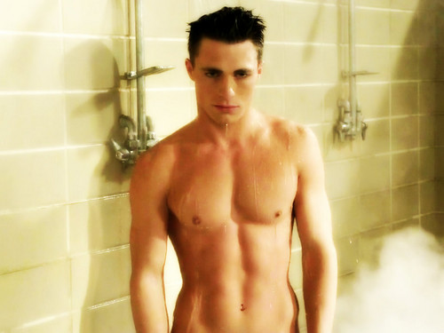 Colton Haynes wallpaper probably with a hunk, a hot tub, and a six pack entitled Colton Haynes
