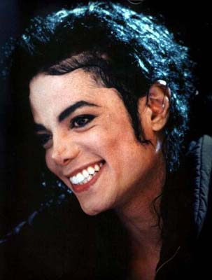Cutest smile - michael-jackson Photo