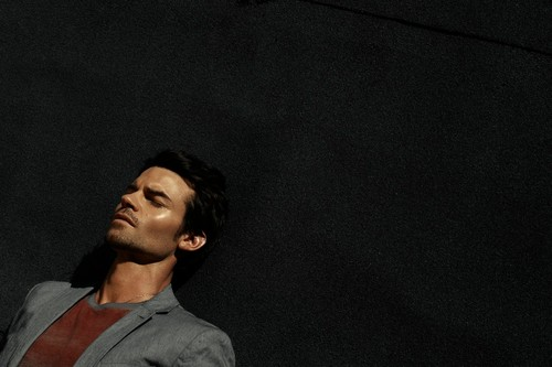 Daniel Gillies 壁紙 probably with a テニス pro, a concert, and a テニス player titled Daniel