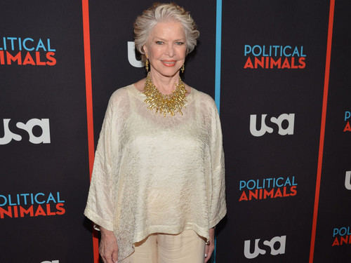 Ellen Burstyn @ the Political Животные Red Carpet Premiere