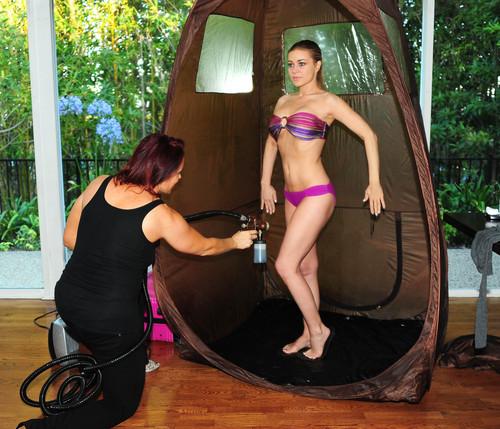 Gets A Spray Tan At The Scedka Colada beach, pwani House [6 August 2012]