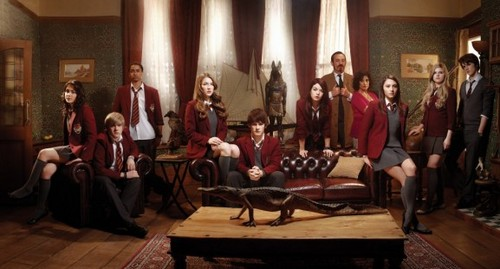 House of Anubis season 1 cast