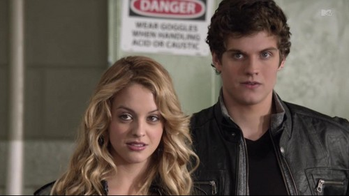 Daniel Sharman wallpaper with a portrait entitled Isaac and Erica