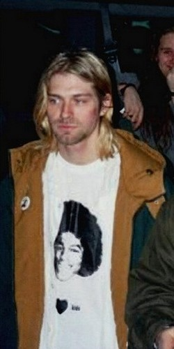 Kurt Cobain wearing Michael Jackson t-shirt