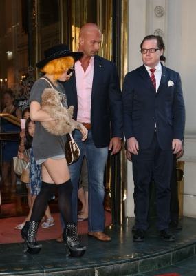 Lady Gaga images Lady GaGa leaving her hotel in Vienna wallpaper and background photos