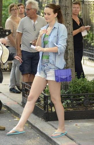 Leighton on the Upper East Side filming GG