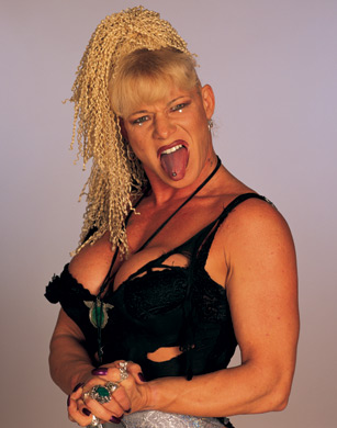 WWE Divas achtergrond possibly with skin entitled Luna Vachon Photoshoot Flashback