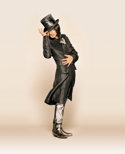 michael jackson wallpaper containing a penembak dgn senapan and a green baret titled Matthew Rolston Photoshoot 2007