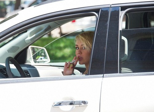 Miley Cyrus Driving Around In PA. - miley-cyrus Photo