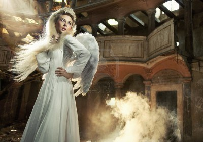 Mystical ángeles