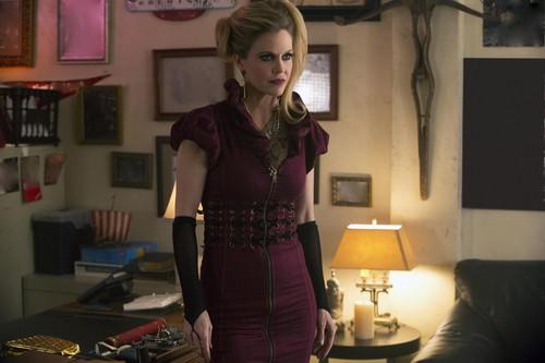 New True Blood episode 5.11 'Sunset' stills