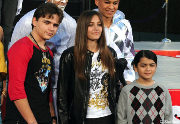 Pan Her Two Brothers, Prince and Michael II (Blanket)