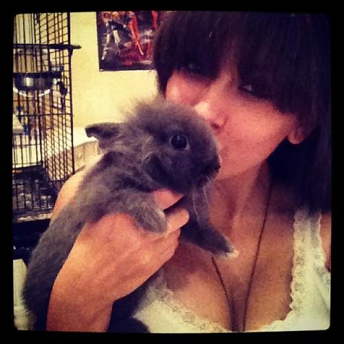 Her pet Makaveli and Paris Jackson