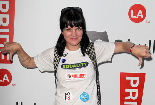 Pauley Perrette - 2012 LA Gay Pride siku 2 Boo2 Bullying Lounge (Jun 10, 2012)