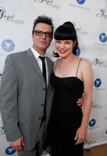 Pauley Perrette - Project एंजल Food's एंजल Awards in Los Angeles - August 18.