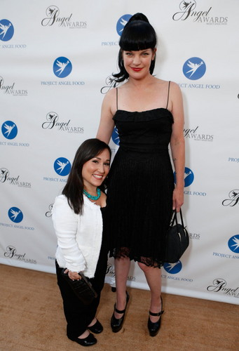 Pauley Perrette - Project Angel – Jäger der Finsternis Food's Angel – Jäger der Finsternis Awards in Los Angeles - August 18.