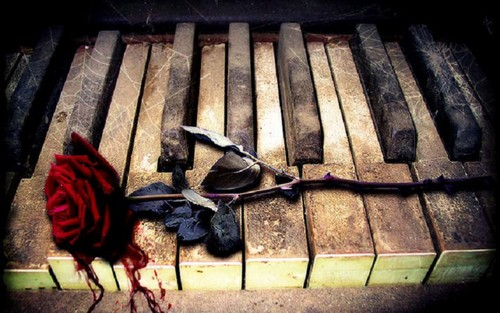 Music wallpaper entitled Piano