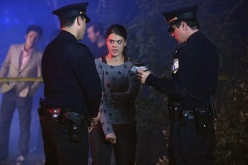 Pretty Little Liars - Episode 3.12 - The Lady Killer - Promotional litrato