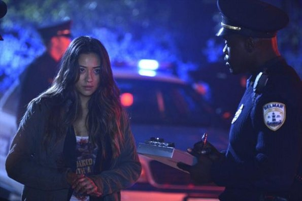 Little Liars - Episode 3.12 - The Lady Killer - Promotional Photo