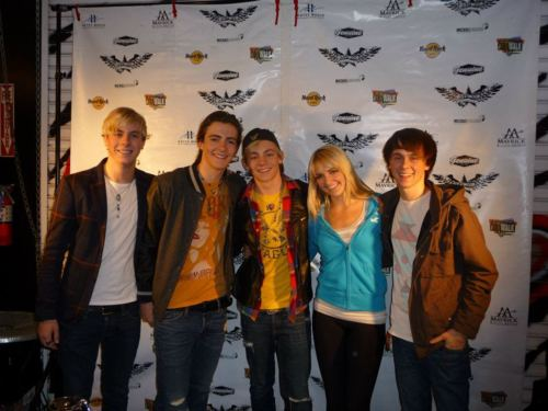 R5 at The Rage Performing Art's Complex