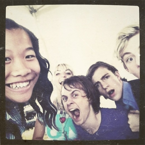 R5 with fans ross lynch austin photo 31831857 fanpop