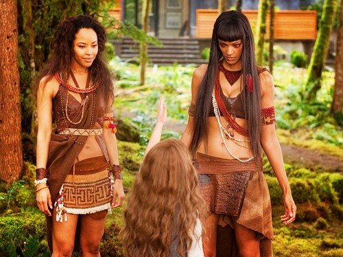 Renesmee and amazonas, amazon Coven
