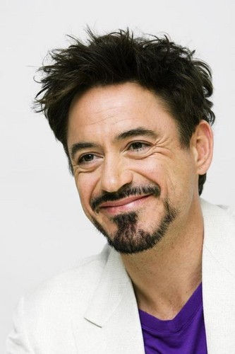 Robert Downey Jr. wallpaper containing a portrait called Robert Downey jr.